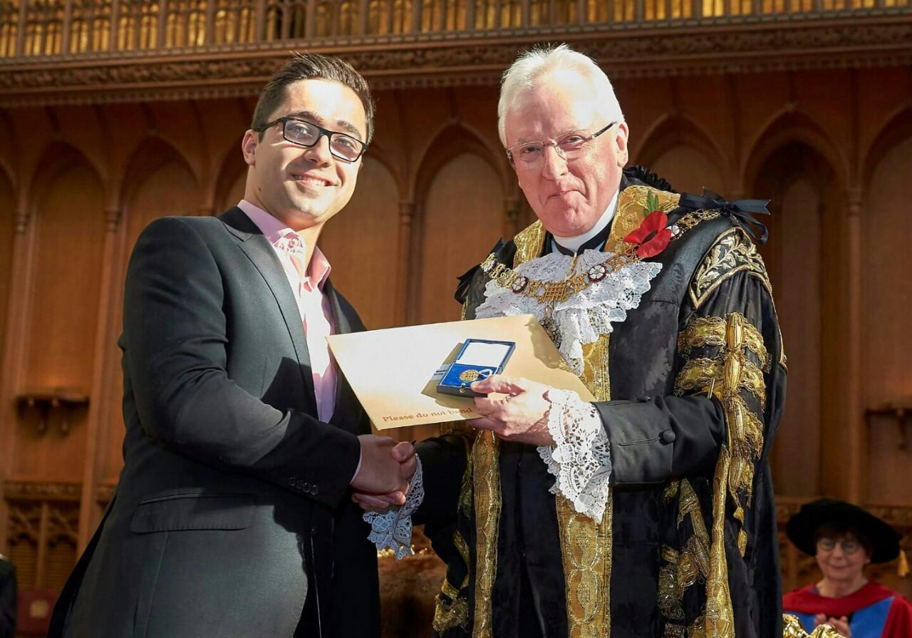 éÓÛþóá¡ÑÔ« ¡á Guildhall Gold Medal - ¡«Ñ¼óÓ¿ 2017